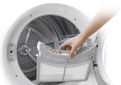 Duální filtr udržuje prádlo i sušičku čisté